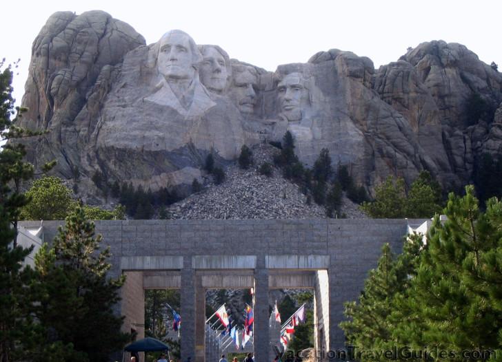 South Dakota - Mount Rushmore Entrance